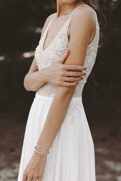 V-neck Lace Beading Chiffon A-line Wedding Dress_6