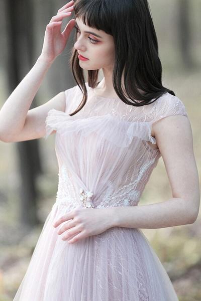 Eye-catching Cap Sleeve Lace A-line Wedding Dress_6