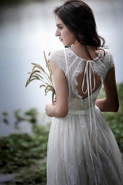 Graceful V-neck Lace A-line Wedding Dress_8