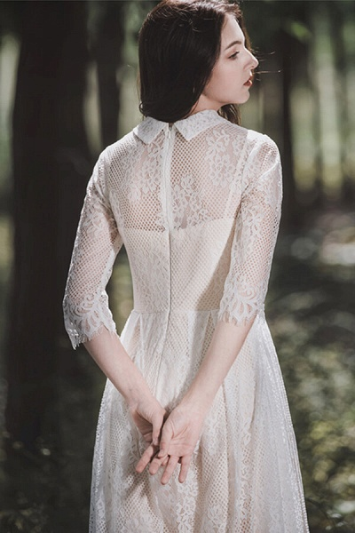 Cute Front Button-up Lace A-line Wedding Dress_13