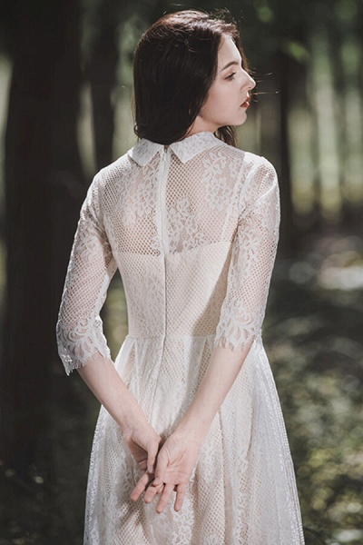 Cute Front Button-up Lace A-line Wedding Dress_3