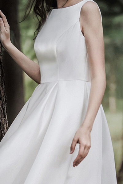 Graceful Satin A-line Wedding Dress_15