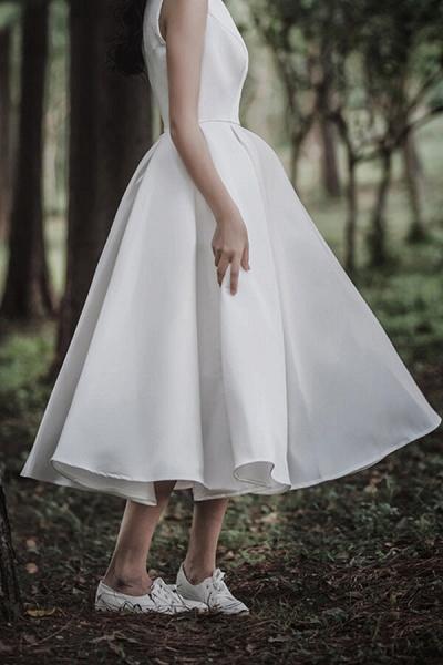 Graceful Satin A-line Wedding Dress_9