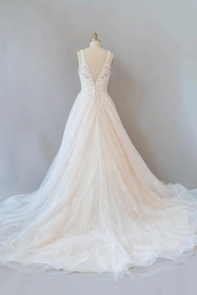 V-neck Appliques Tulle Chapel Train Wedding Dress_3