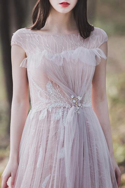 Eye-catching Cap Sleeve Lace A-line Wedding Dress_9