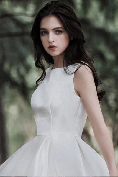 Graceful Satin A-line Wedding Dress_13