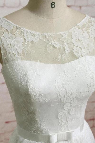 Graceful Floor Length Lace A-line Wedding Dress_4