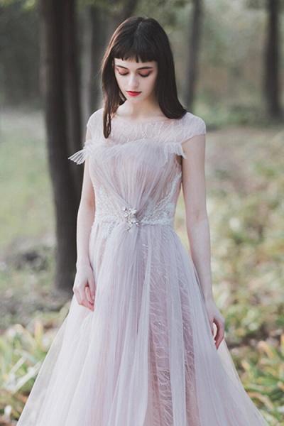 Eye-catching Cap Sleeve Lace A-line Wedding Dress_4