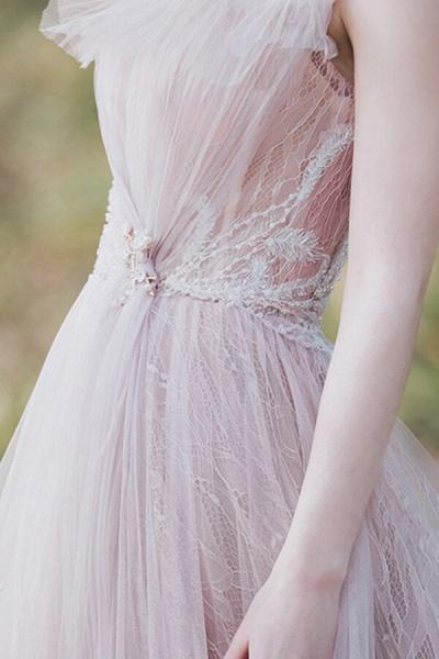 Eye-catching Cap Sleeve Lace A-line Wedding Dress_11