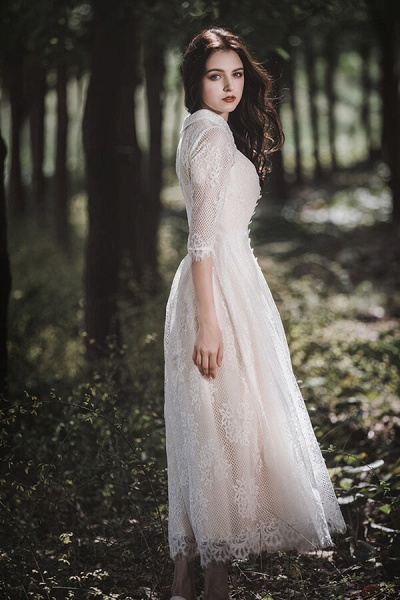 Cute Front Button-up Lace A-line Wedding Dress_7