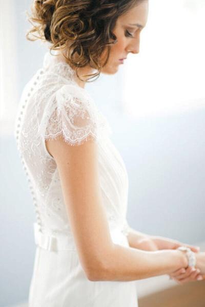 Cap Sleeve Ruffle Lace Chiffon Sheath Wedding Dress_6