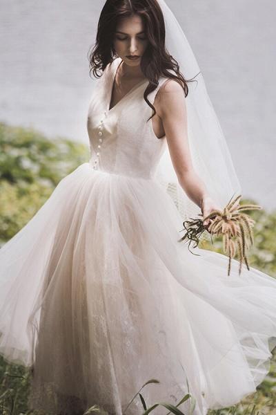 Graceful V-neck Lace Tulle A-line Wedding Dress_2