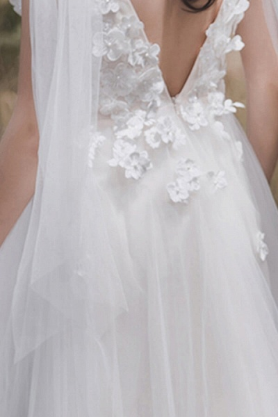 Awesome V-neck Appliques Tulle A-line Wedding Dress_11