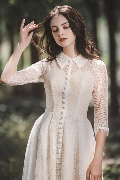 Cute Front Button-up Lace A-line Wedding Dress_12