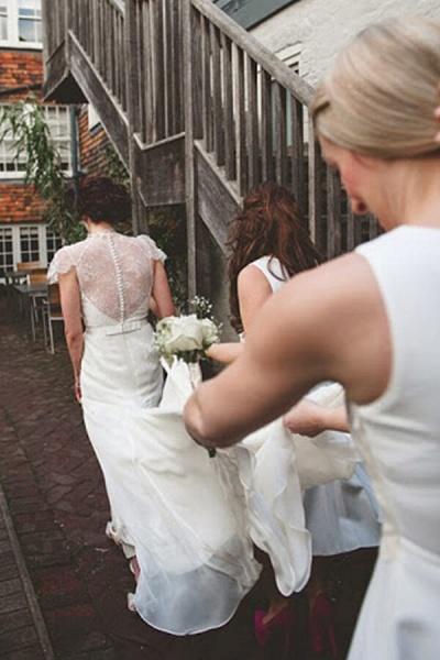 Cap Sleeve Ruffle Lace Chiffon Sheath Wedding Dress_3