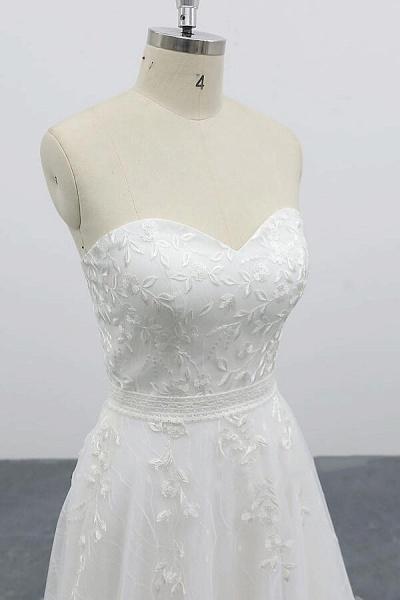 Strapless Tulle Chapel Train A-line Wedding Dress_6