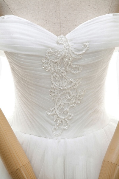 Lace-up Off Shoulder Ruffle Tulle Wedding Dress_7