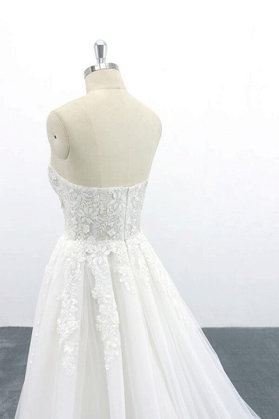 Appliques Strapless Tulle A-line Wedding Dress_8
