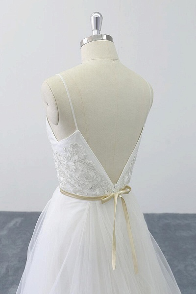 Chic Spaghetti Strap Appliques Tulle Wedding Dress_10
