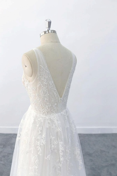Elegant V-neck Appliques Tulle A-line Wedding Dress_8