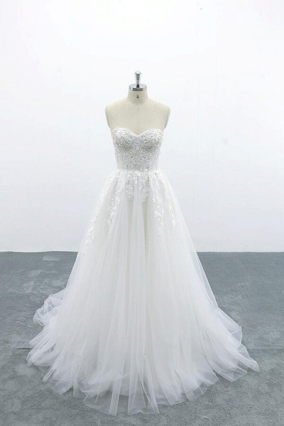 Appliques Strapless Tulle A-line Wedding Dress_1