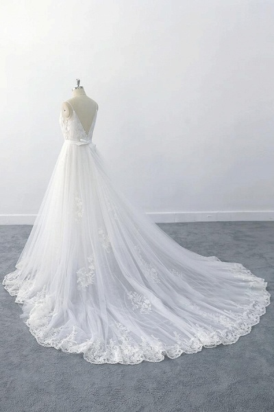 Amazing Ruffle Appliques Tulle A-line Wedding Dress_4
