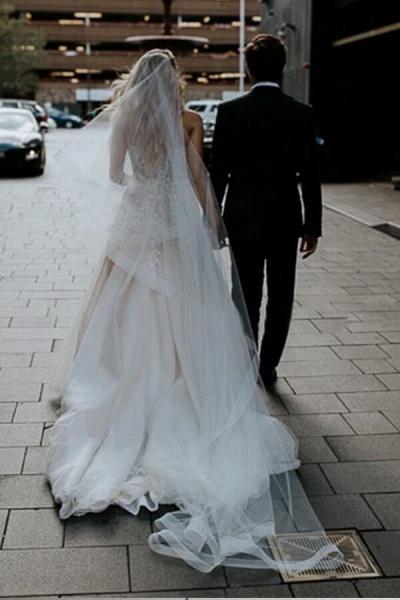 Spaghetti Strap A-line Applique Tulle Wedding Dress_3