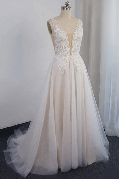 Awesome Appliques Tulle A-line Wedding Dress_1