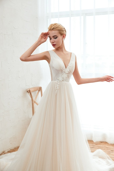 Chic Lace-up Appliques Tulle A-line Wedding Dress_9