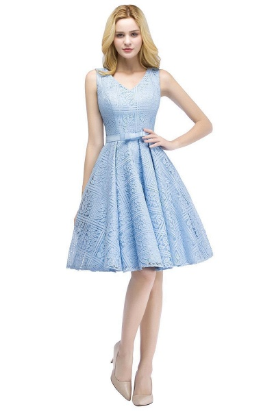 A-line Lace Knee-Length Homecoming Dress_7