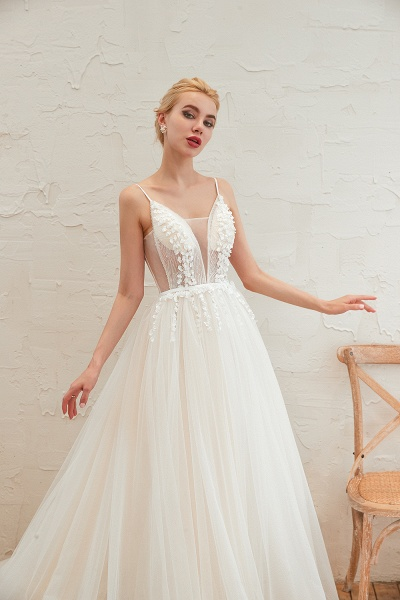 Awesome Spaghetti Strap Tulle A-line Wedding Dress_10