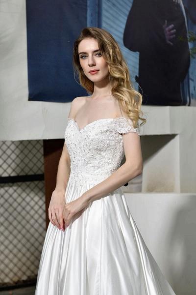 Off the Shoulder Appliques Satin Wedding Dress_11