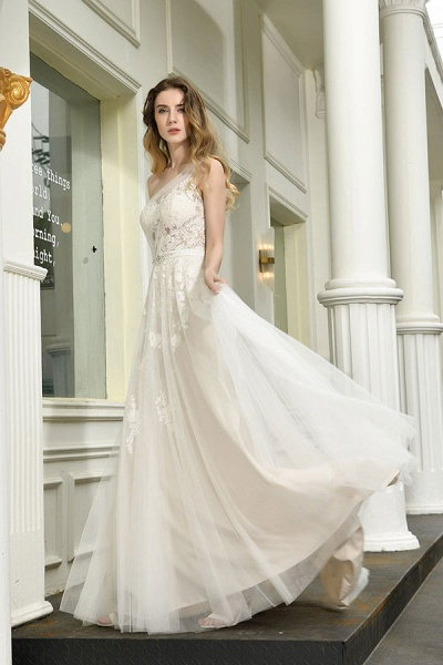 Chic One Shoulder Tulle Lace A-Line Wedding Dress_7