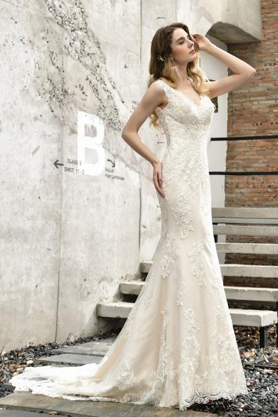 Straps Lace Backless Floor Length Wedding Dresses_9