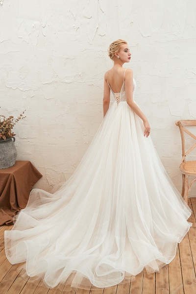 Awesome Spaghetti Strap Tulle A-line Wedding Dress_8