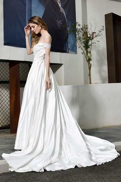 Off the Shoulder Appliques Satin Wedding Dress_4