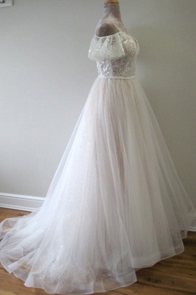 Glorious Cold-shoulder Chapel Train Wedding Dress_4