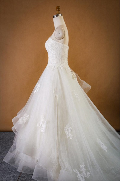 Strapless Lace-up Tulle A-line Wedding Dress_4