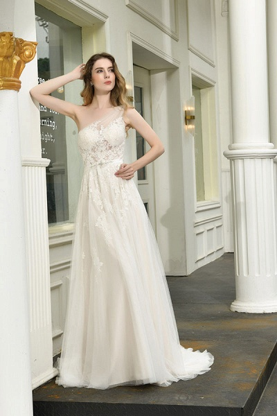 Chic One Shoulder Tulle Lace A-Line Wedding Dress_5