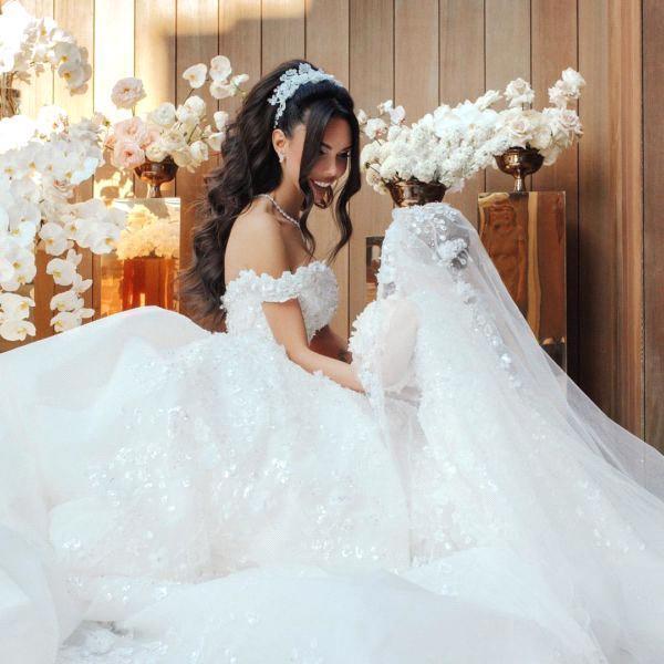 Off The Shoulder Appliques Luxury Wedding Dresses Princess Ball Gown Wedding Dress_5