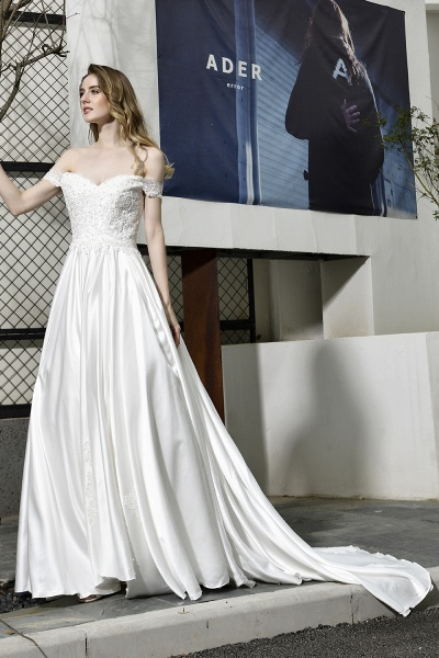 A Line Off the Shoulder Sweetheart Lace Satin Wedding Dress_8