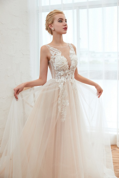 Eye-catching Appliques Tulle A-line Wedding Dress_10