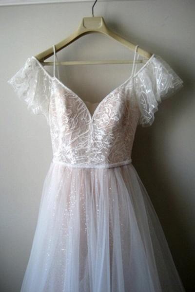 Glorious Cold-shoulder Chapel Train Wedding Dress_9