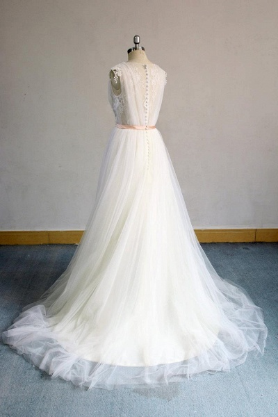 Awesome Appliques V-neck Tulle Wedding Dress_5