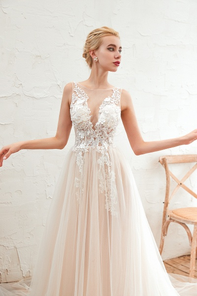Eye-catching Appliques Tulle A-line Wedding Dress_9