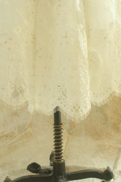 Strapless Lace Chiffon A-line Mini Wedding Dress_4