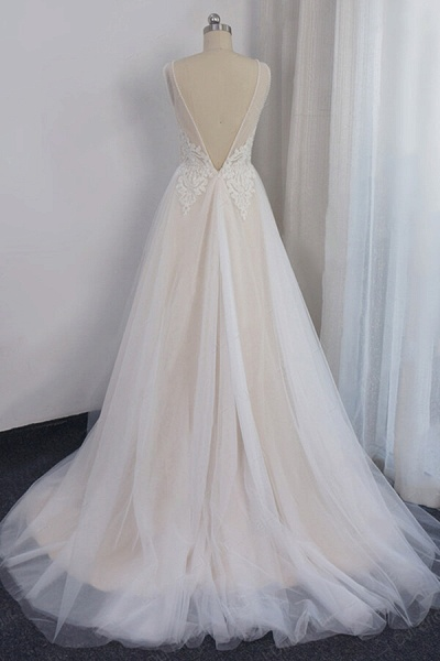 Awesome Appliques Tulle A-line Wedding Dress_3