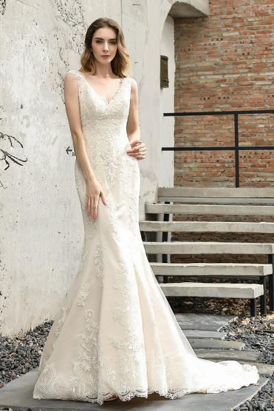 Straps Lace Backless Floor Length Wedding Dresses_1