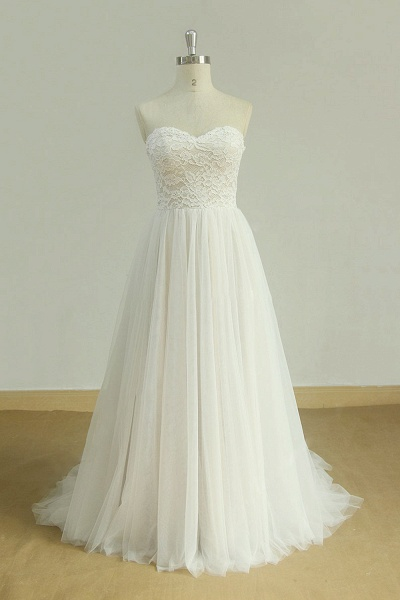 Lace-up Strapless Tulle A-line Wedding Dress_1