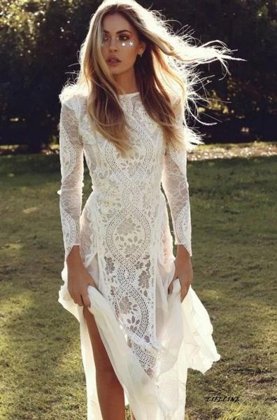 Elegant Long Sleeve Lace Sheath Wedding Dress_1